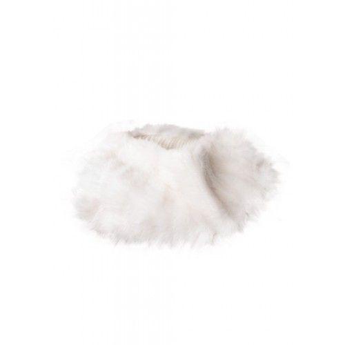 Weißer Kaninchenkragen