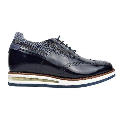 Schuhe mit inneren...